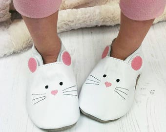 Personalised Mouse Slippers - Mouse Childrens slippers - animal slippers - first birthday gift - leather slippers - girls slippers