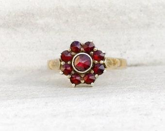 Antique Bohemian Garnet Flower Ring / Size 5.5