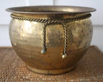 hammered brass planter, solid brass planter, brass pot, Hollywood Regency, Asian pot