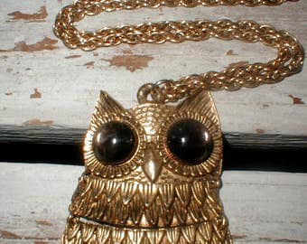 Vintage Moveable Owl Necklace *Big Glass Eyes* Nicely Detailed!