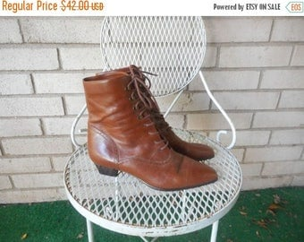 Spring Sale Vintage 80s Brown Leather Victorian Granny Lace Up Ankle Boots Pointed Toe Size 8.5 B EU 39