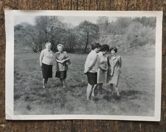 Original Vintage Photograph Field Women