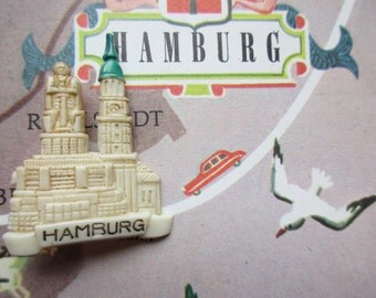 German Vintage Hat Pin Brooch Jewelry Souvenir Pin from Hamburg Germany with City Hall in Hamburg