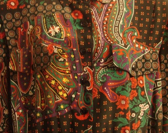 Vintage 1980s Black & Red Paisley Flowered Shirtwaist Pleated Dress