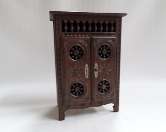 Breton Quimper Vintage French Carved Chestnut Wood Dollhouse armoire wardrobe v680