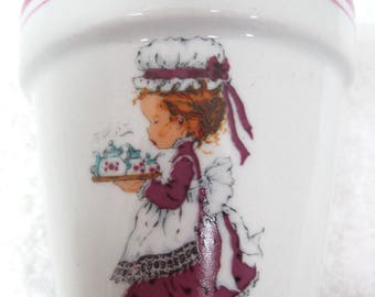 "1970's Sarah Kay Window Sill Tiny Flower Pot 3 1/8 "" Valentines Publishing #B"