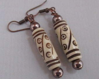 Ivory (Earrings)