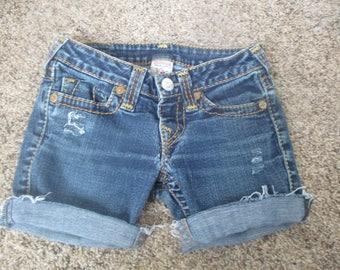 True Religion cut off denim shorts, tag size 25 womens distressed shorts