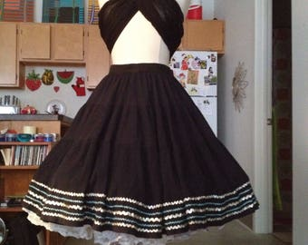 Tiered Mexican metallic rickrack full skirt medium