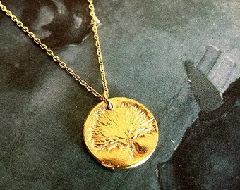 Tree of Life SMALL Disc Pendant Necklace, Rustic Statment necklace - 24K Disc Pendant, Family Tree Gold Pendant Necklace, Mother Necklace