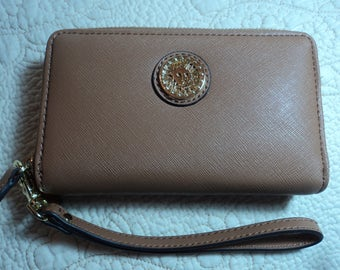 Camel colored wristlet with detachable handle