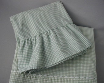 Vintage Bed Sheet Set, Green and White Gingham Checks, Full-Double bed Size, 1 Flat Sheet, 1 Fitted Sheet, 2 Ruffled Pillowslips