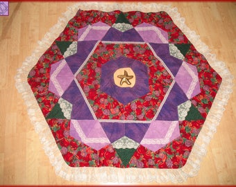 Christmas Quilted Tree Skirt Quilt Apples & Lace 25