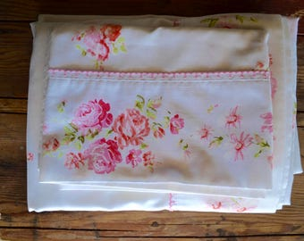 Vintage twin bedding set: pink rose twin flat and fitted sheet, standard pillowcase