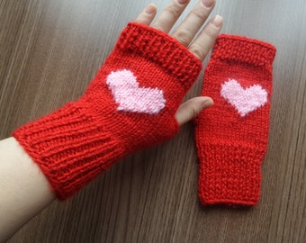 Womens gloves, hearted gloves, knitting gloves, womens gloves, fingerless gloves, gift for her, valentines day gift, womens accessories