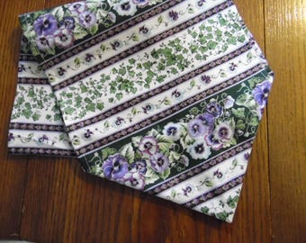 Spring Pansies and Ivy Table Runner - Table Scarf - Table Decor - Spring  Home Decor