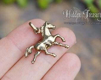 9ct Gold Horse Charm 375 pony running horse necklace pendant jewelry