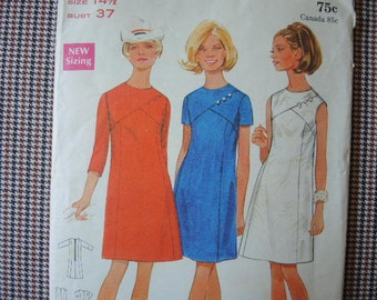vintage 1960s Butterick sewing pattern 4970 misses semi fitted dress size 14 1/2