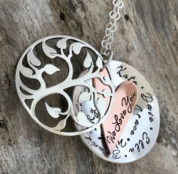 Family Tree Necklace / Personalized Mother's Necklace / Mom Necklace with Kids Names / Kids Name Necklace / Layered Pendant with Tree Charm