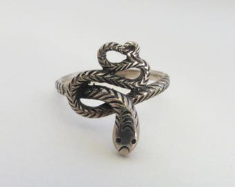 Vintage 1970's Sterling Silver Petite Snake Ring