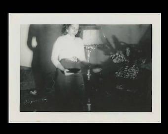 Vintage Snapshot Photo: Playing Records, c1940s (74570)