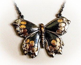 Vintage Antiqued Butterfly Pendant Necklace   15 Inch Choker   1928 Company