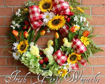 Ducklings on the Farm Spring Wreath, Country Decor, Sunflower Wreath,  Strawberry, Red Gingham, Summer Wreath, Duck Wreath, Rustic Floral