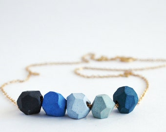 Faceted Porcelain Necklace (5 beads)