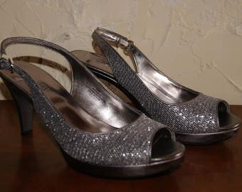 NINE WEST Silver And Silver Glitter Slingback heels Or Pumps Size 5 And A Half Prom Or Formal