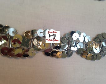 1 Inch Scallop Sequin Trim, Silver.  5 yards.  Great for costumes, dance, theater, pageant, crafts, home decor.