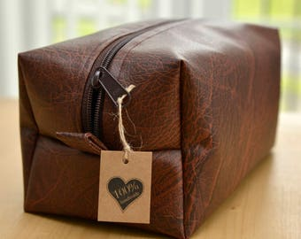 PU leather toiletry bag - travel case - cosmetic bag