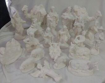 "Vintage Atlantic Nativity set 21 piece Ceramic Bisque, ready to paint 5"" to 7"""
