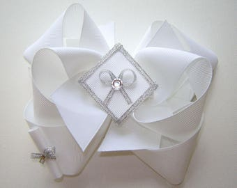 Girl's, Toddler's Pre-School, Kindergarten, Pre-K White Graduation Cap and Diploma Twisted Triple Boutique Bow