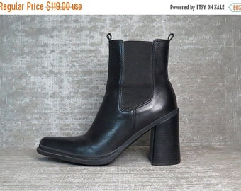 20%OFF Vtg 90s Black Leather Chunky Block Heel Minimal Ankle Boots 8.5