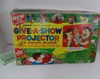 1963 Kenner Give A Show Projector Set