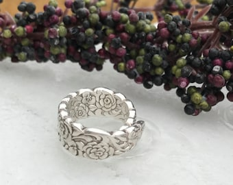 Sterling Silver Plate Spoon Ring, Pattern: Floral Bouquet circa 1960