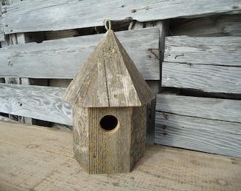 Rustic birdhouse - Wood birdhouse - Outdoor birdhouse - Weathered wood birdhouse - Wooden birdhouse - birdhouses - Garden birdhouse - Rustic