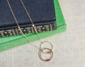 Interlocking Circles Gold Chain Necklace