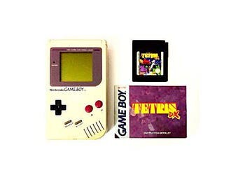 Vintage 1989 Nintendo Game Boy Console + Tetris DX Video Game (#DMG-01)
