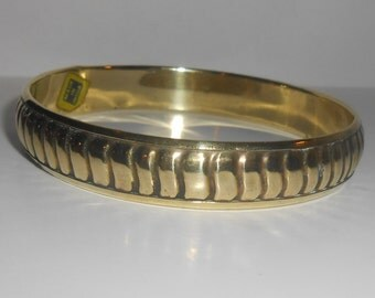 "Vintage INDIA Hollow Brass Etched Bangle Style Bracelet - 1/2"" WIDTH"