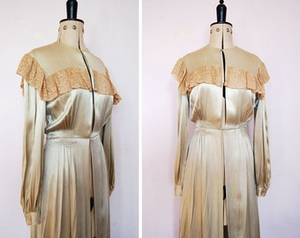 Vintage 1930s silk & lace dressing gown - 30s Peignoir - 1930s Satin and Lace Bridal Lingerie Robe - Satin and Lace Peignoir - 30s silk gown