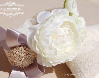 Beautiful wedding dog collar,white flower collar,handmade dog wedding collar,dog Photography prop,Birthday gift for dog.pet Flower collar