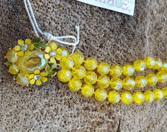 Yellow Vintage Beaded Necklace.