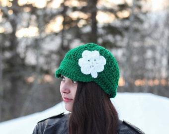 Shamrock Hat/ St Patricks Day hat/ St paddys day hat/ womens winter hat/ womens hat/ green hat/ shamrock/girl winter hat/