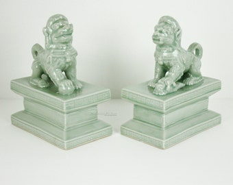 Foo Dog Bookends Celadon Lion Art Object Statue Ceramic Pottery Green