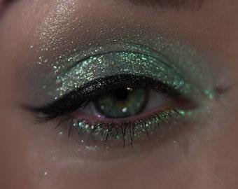 Eyeshadow: Sparkling Intercessor - Mermaid. Sparkling green eyeshadow by SIGIL inspired.