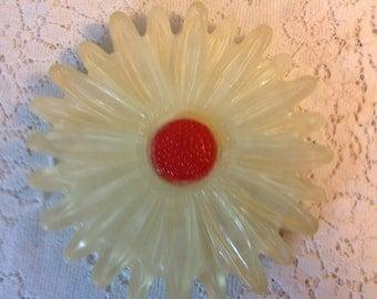 Vintage Resin Trivet Flower Trivet Daisy Trivet White and Orange Trivet