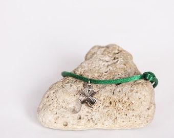 Clover Bracelet, Green String Bracelet, Talisman Amulet Bracelet, Lucky Bracelet, Talisman, Amulet, Protection Jewelry, Cheap Gift