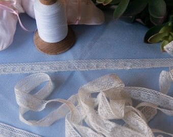 "French Valenciennes Lace- (LFV58EDG436) 5/8"" edging"
