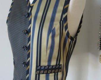 APRIORI Designer Womans STRIPED VEST Size 6